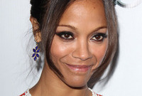 Zoe-saldana-smokey-eye-makeup-side